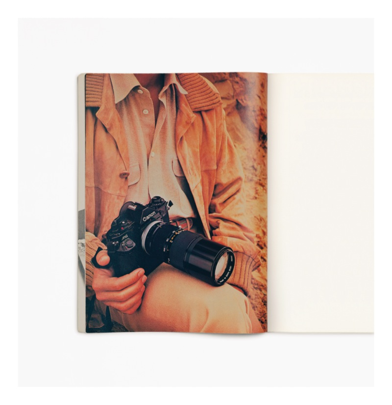 Anne Collier Men with a camera (telephoto) 2011 c-print cm 121,  7 x 118