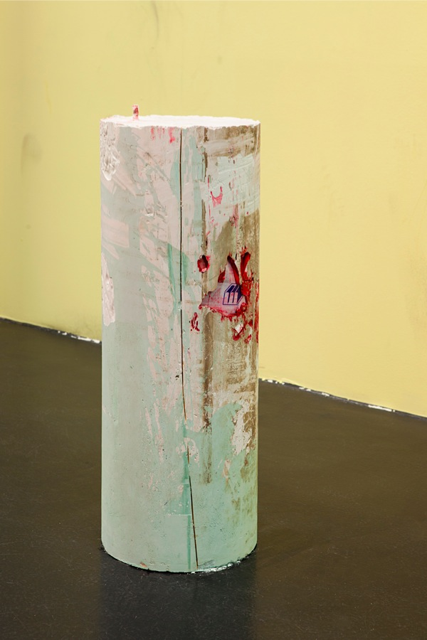 Tiziano Martini,   Untitled,   2014,   plaster,   acrylic paint,   pigments,   dirt,   old masking tape,   nylon,   pvc,   steel,   cm 93x30x30 - Courtesy OTTO ZOO foto Andrea Rossetti