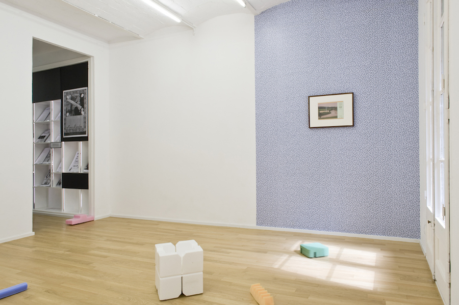 Unforeseen Changes by Eva Fàbregas,   installation view,   photo by Roberto Ruiz,   courtesy the green parrot