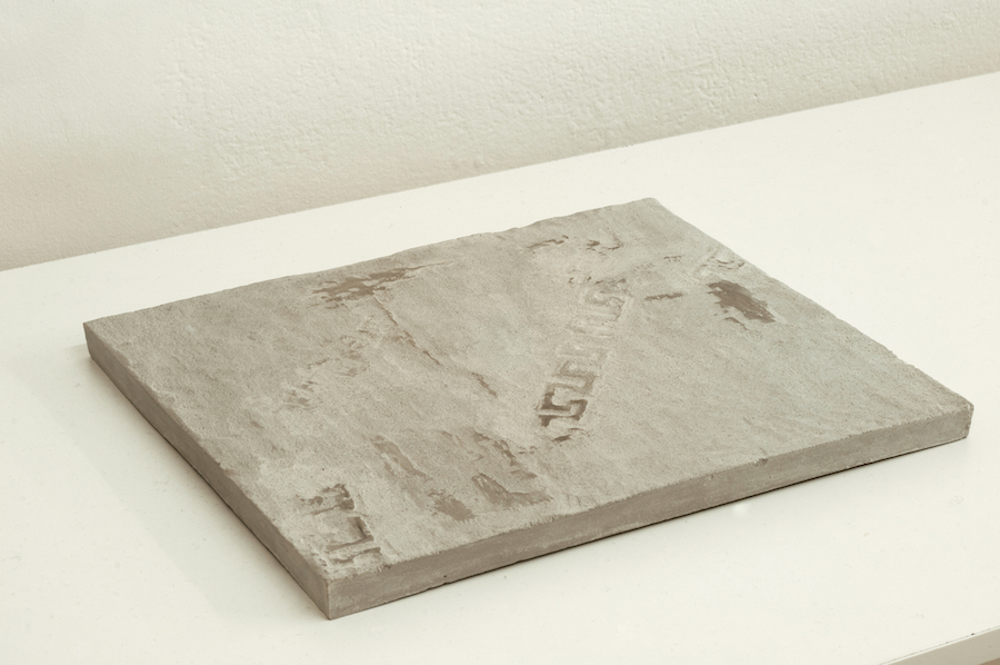 Anna Bella Papp,   Untitled 2014. Clay. Courtesy the artist and Fondazione Memmo Arte Contemporanea,   Roma,   Foto Francesco Demichelis