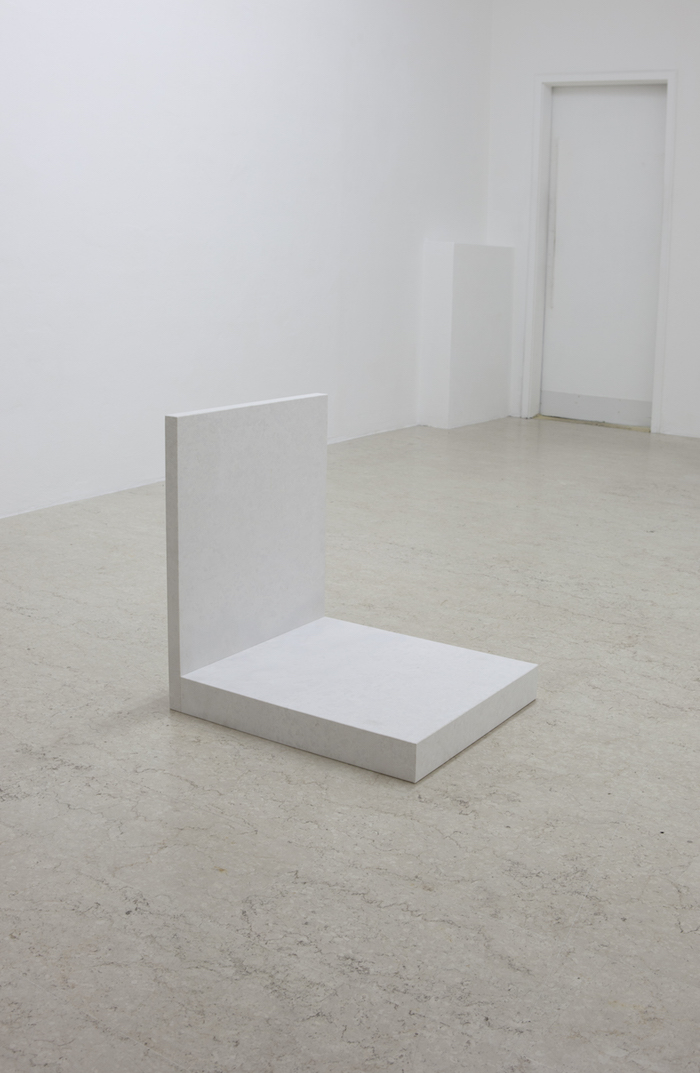 Tobias Hoffknecht,   Untitled_Puffo,   2015,   marmo,   60x55x58. Courtesy A+B Brescia,   photo Davide Sala