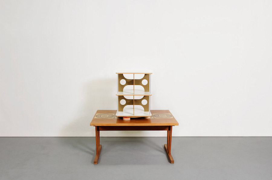Archiver shelving by James Irvine 1996