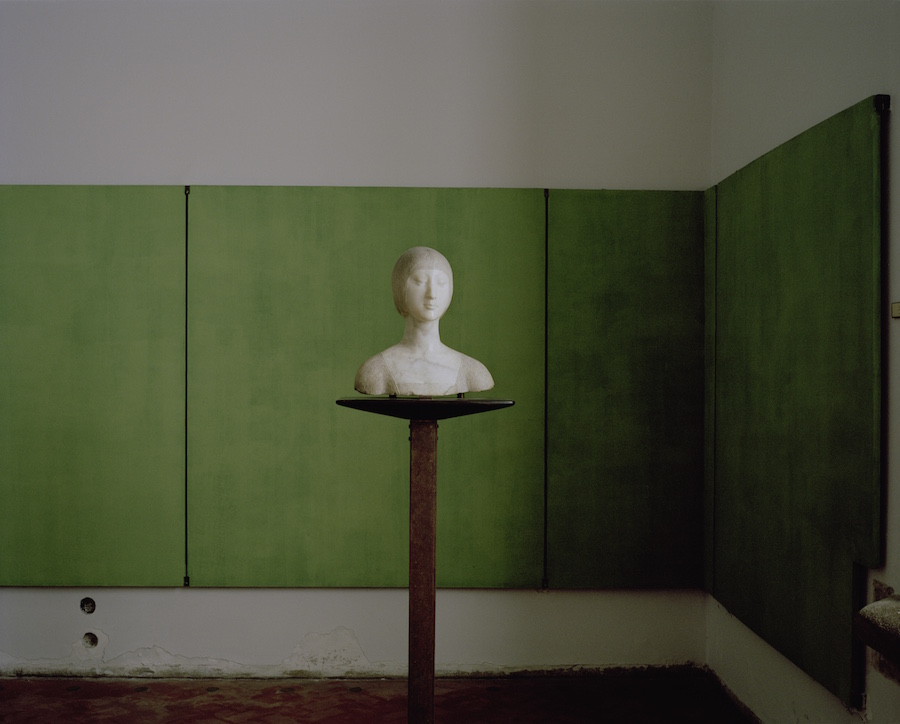 Armin Linke Carlo Scarpa,   Palazzo Abatellis,   Room with Bust of a Gentlewoman Palermo Italy 2015 © Armin Linke,   2015