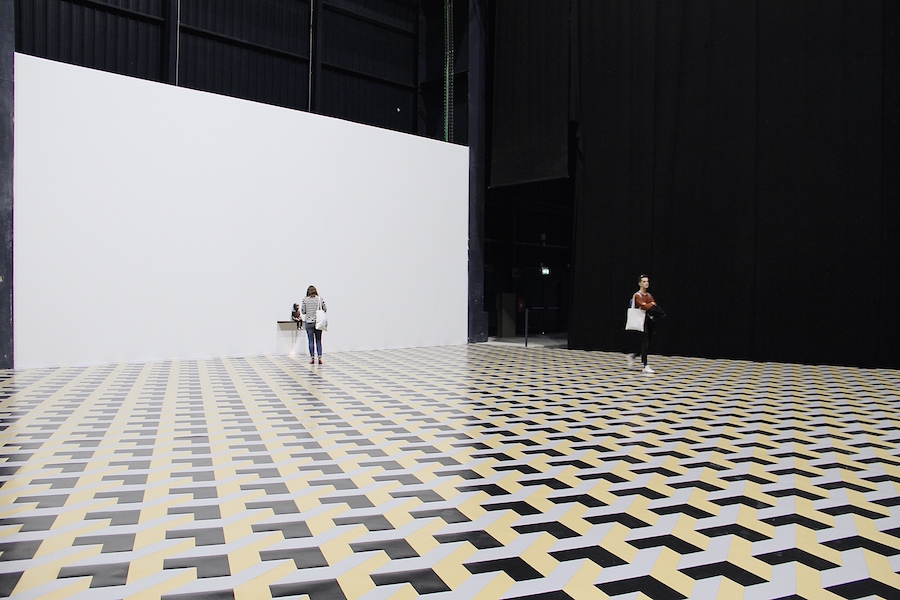 Double Mind & Around — Juan Muñoz,   HangarBicocca,   Milano,    Foto Francesca Verga – Installation view