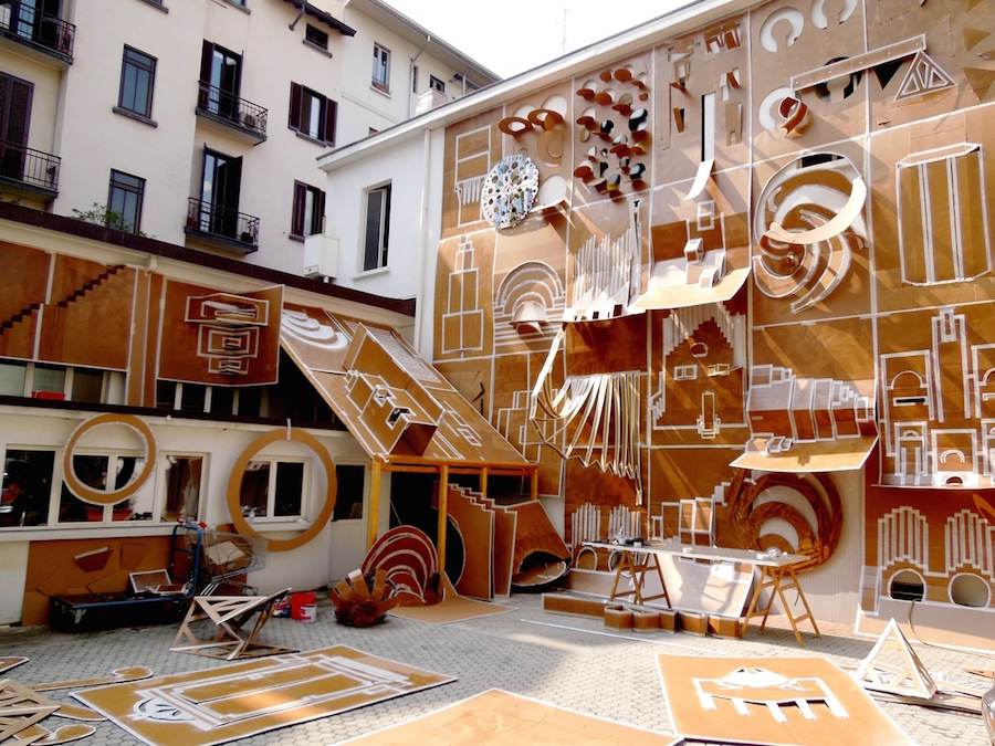 Daniel González,   Pop-Up Building Milan,   making of