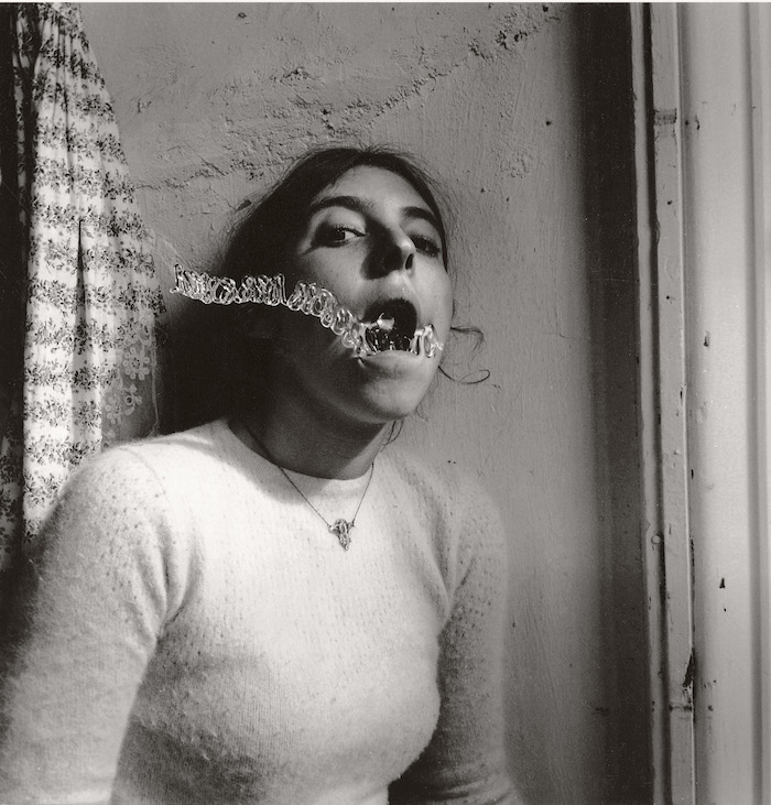 Francesca Woodman,   Self portrait talking to vince,   Providence,   Rhode Island,   1977-1999 Black-and-white gelatin silver print on barite paper. Courtesy George and Betty Woodman,   New York  SAMMLUNG VERBUND,   WienFrancesca Woodman,   Self portrait talking to vince,   Providence,   Rhode Island,   1977-1999 Black-and-white gelatin silver print on barite paper. Courtesy George and Betty Woodman,   New York  SAMMLUNG VERBUND,   Wien