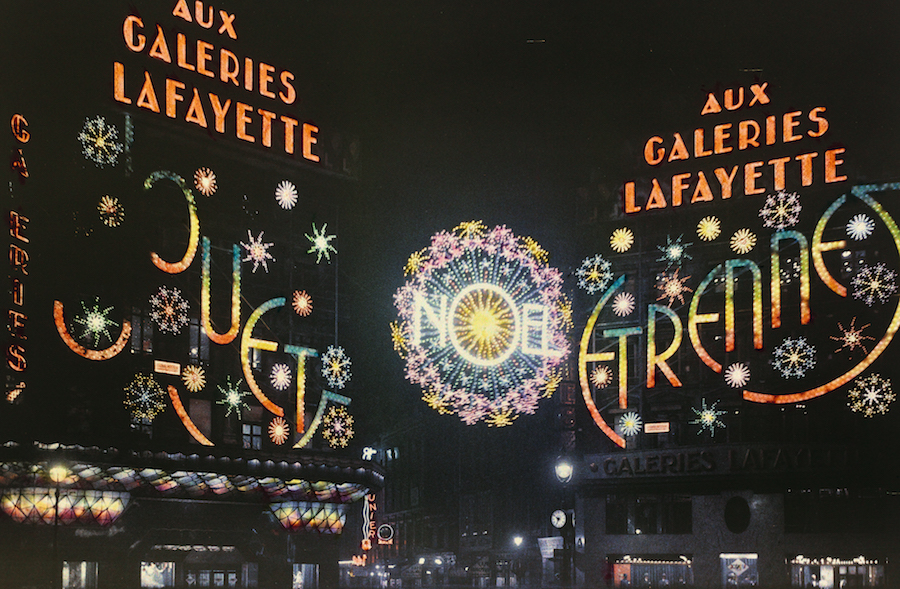 Le?on Gimpel Luminarie delle Galeries Lafayette,   Parigi,   1 dicembre 1933 Courtesy of the Collection Socie?te? franc?aise de photographie (SFP)