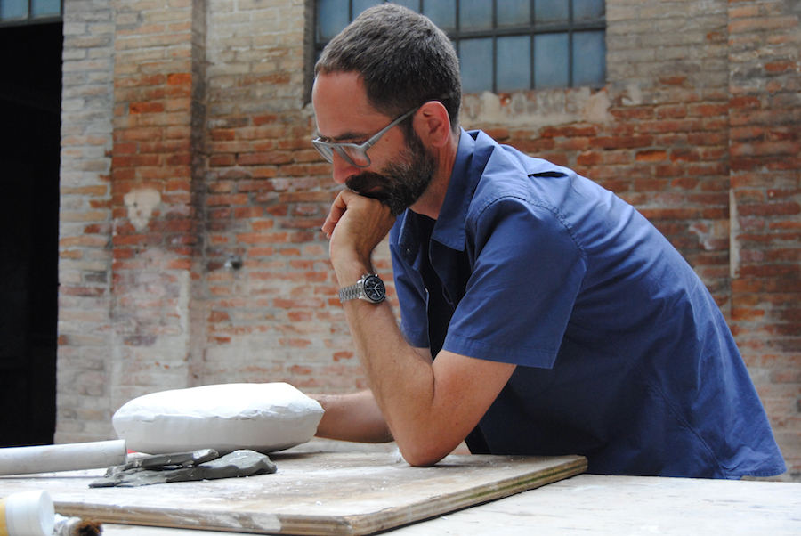 Jonathan Monk. Claymation - Residenza Museo Zauli,   Faenza 2015 - Work  in progress