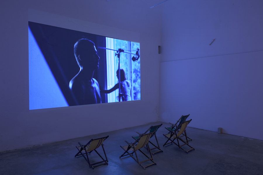 Rä di Martino,   On Making a Circle to Swim Under Water,   CollicaLigreggi,   Catania,   2015 - Installation view,   video