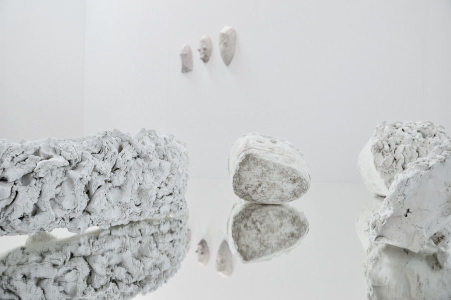 Allen,   Paris -  New Entries,   Artissima 2015 - Foto: Giovanna Repetto