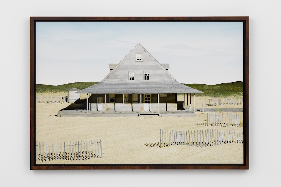 James Casebere,   Caffey's Inlet Lifesaving Station (Dare County,   NC) 2013 Fine art pigment print -  Print 76.2 x 111 cm - Courtesy Lisson Gallery London,   Milan