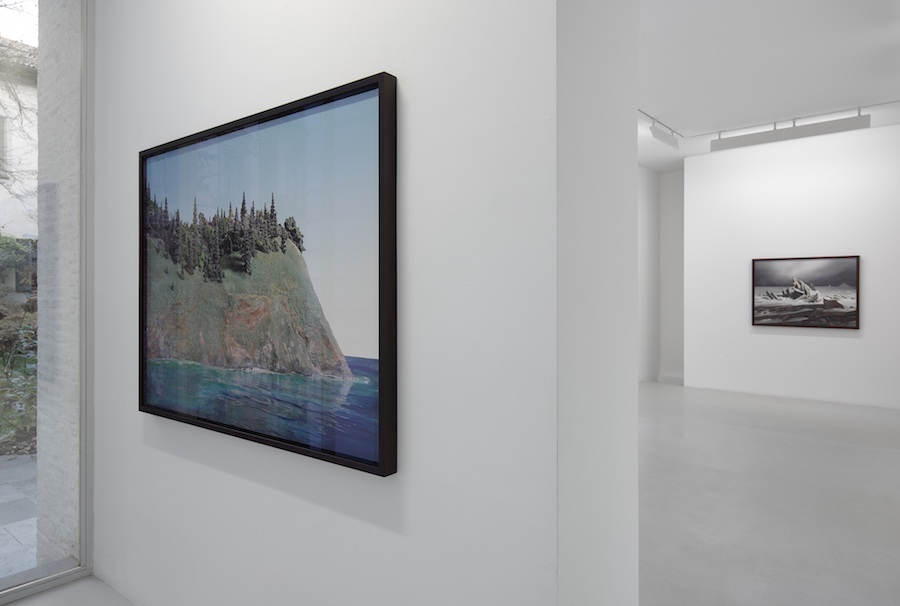 James Casebere,   exhibition view - Photo Jack Reims - Courtesy Lisson Gallery