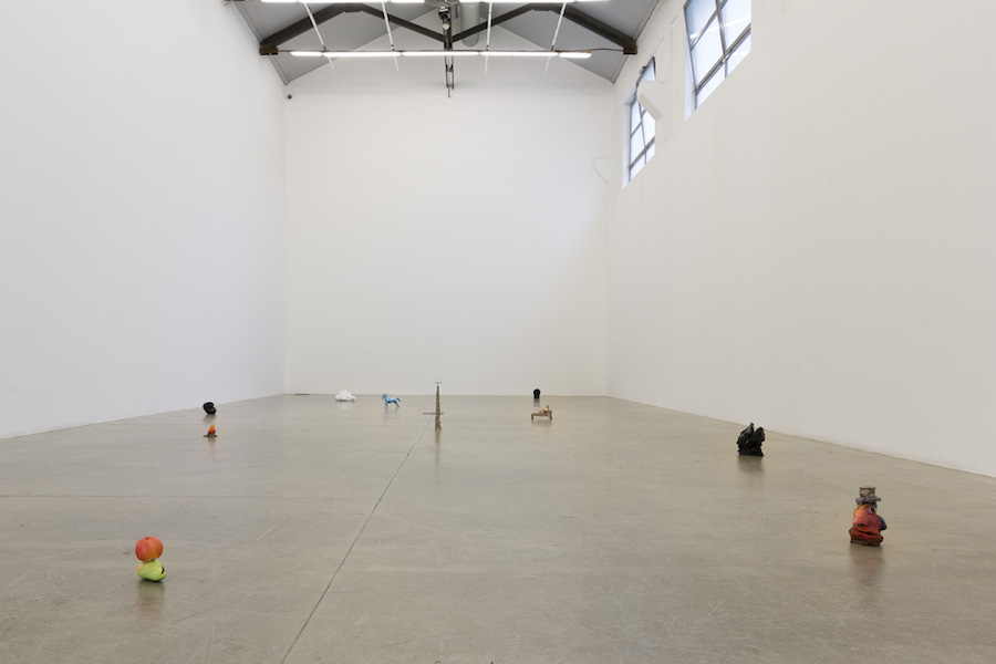 Urs Fischer,   Battito di Ciglia - Installation view at Galleria Massimo De Carlo,   via Ventura - Courtesy Galleria Massimo De Carlo,   Milan,   London,   Hong Kong