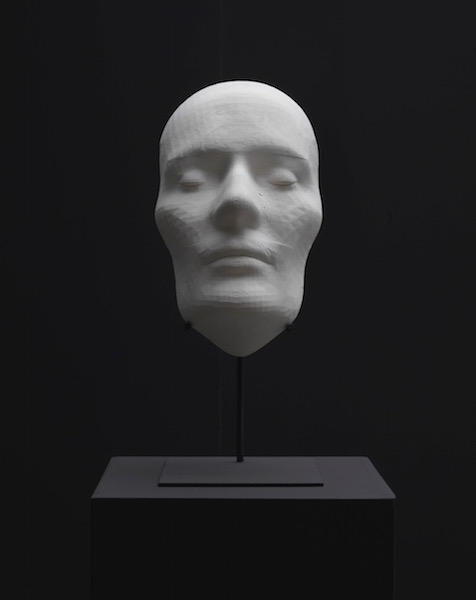 Sybren Renema, Study for the death mask of an average Romantic, 2012-2014, plaster cast of a 3D print, 28 × 18 × 12 cm, edition of 3 + 2 AP.