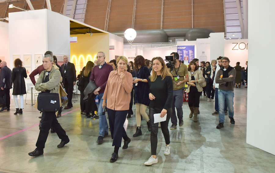 Artissima 2016 - Walkie Talkies - Filipa Ramos and Anna Gritz