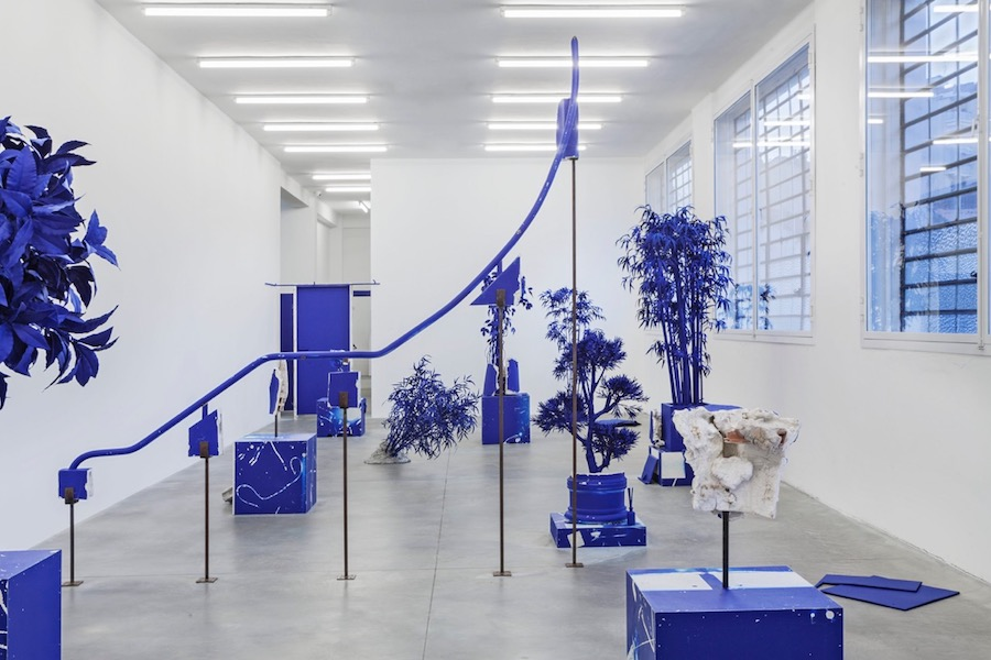 Mike Nelson, Cloak of rags (Tale of a dismembered bank, rendered in blue), 2017, installation view of off-site project, presented by NMNM. Photo Sebastiano Pellion di Persano - Courtesy l'artista, Galleria Franco Noero