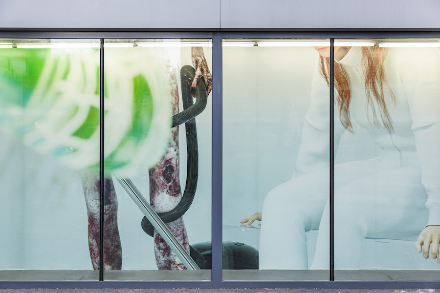 Kate Cooper, Ways to Scale - Installation View, 2017 - Photograph courtesy of the artist and VITRINE