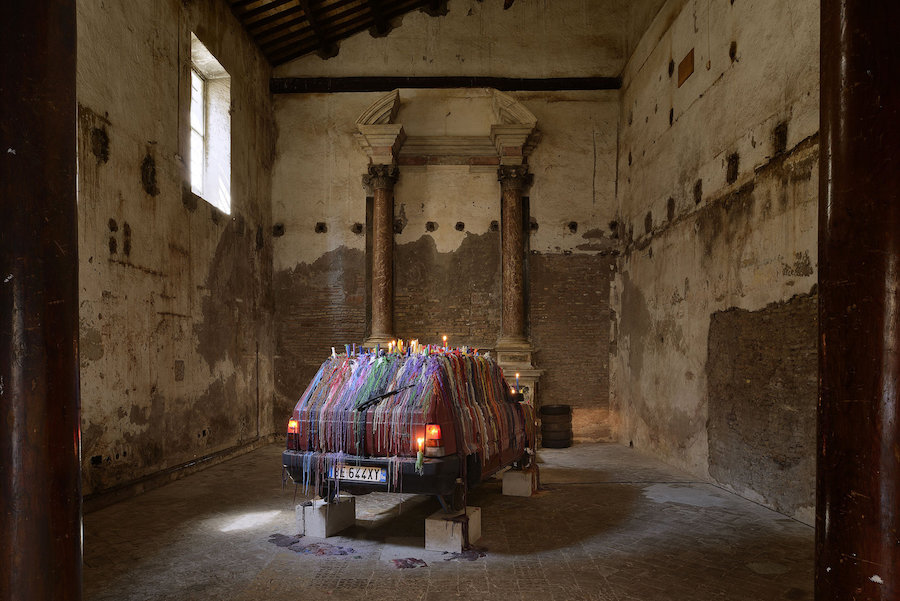 Mark Handforth, Analog Spring, Sant'Andrea de Scaphis, Rome © the artist - Courtesy Gavin Brown's enterprise, New York