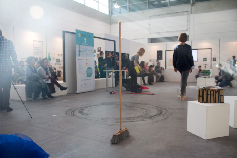 Dryer, serie di performance presentate in contemporanea da LOCALEDUE ad Art Verona 2016