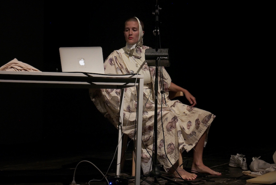 Madison Bycroft, Mollusc theory – soft bodies - LIVE WORKS - Performance Act Award - Vol. 5, Centrale Fies - Ph. Alessandro Sala