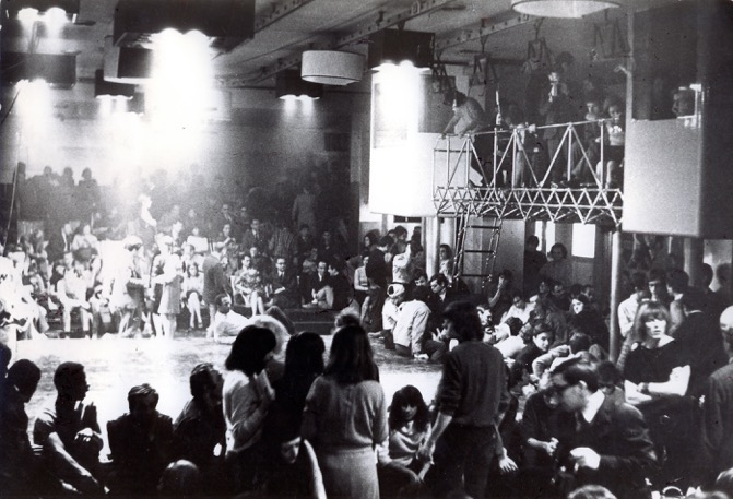 Piper Club Torino. Living Theater, installation view. Courtesy archivio Piero Derossi