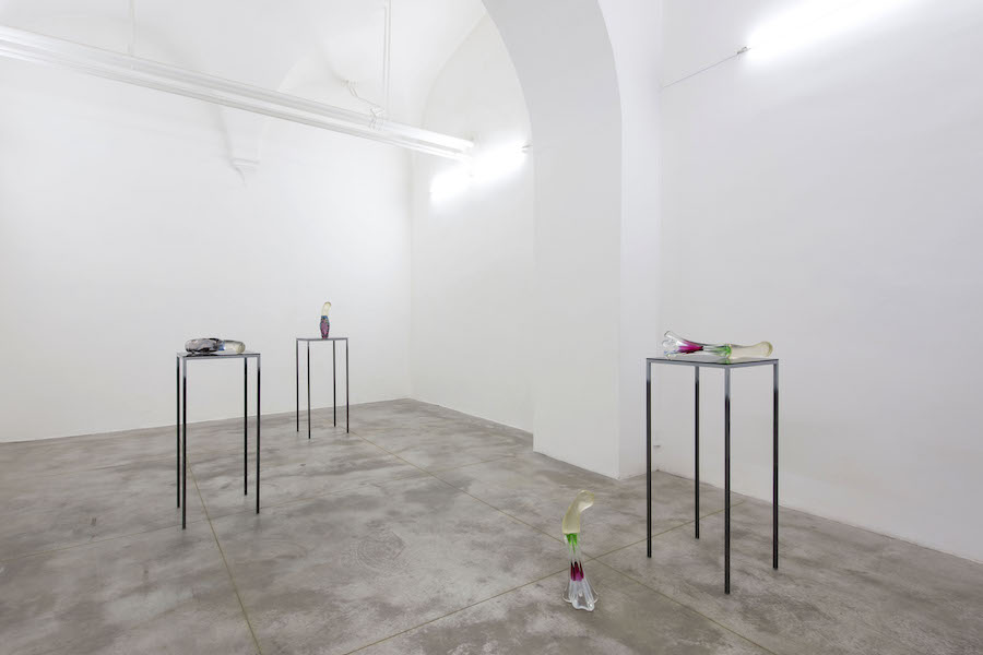 Ursula Mayer,The Soul Paints Itself In Machines, 2018, installation view at Monitor, Rome copia