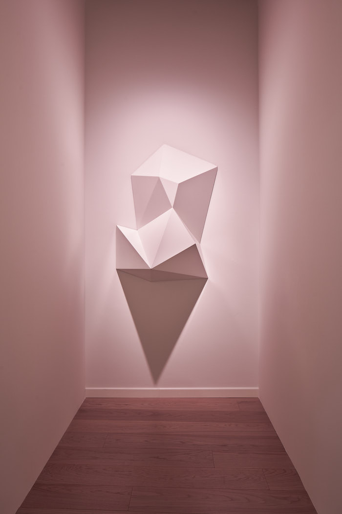 Sol LeWitt,  Complex Form #34, 1990 | White painted wood 127 x 88,9 x 50,8 cm Courtesy Estate Franz West - Installation view Sol LeWitt, Between the Lines, 2017, Fondazione Carriero - Photo: Agostino Osio