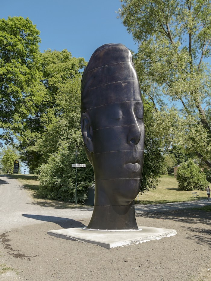 Jaume Plensa, Laurelle, 2017, cast iron, 7 meters high, installed at Royal Djurgården, courtesy of Galleri Andersson/Sandström