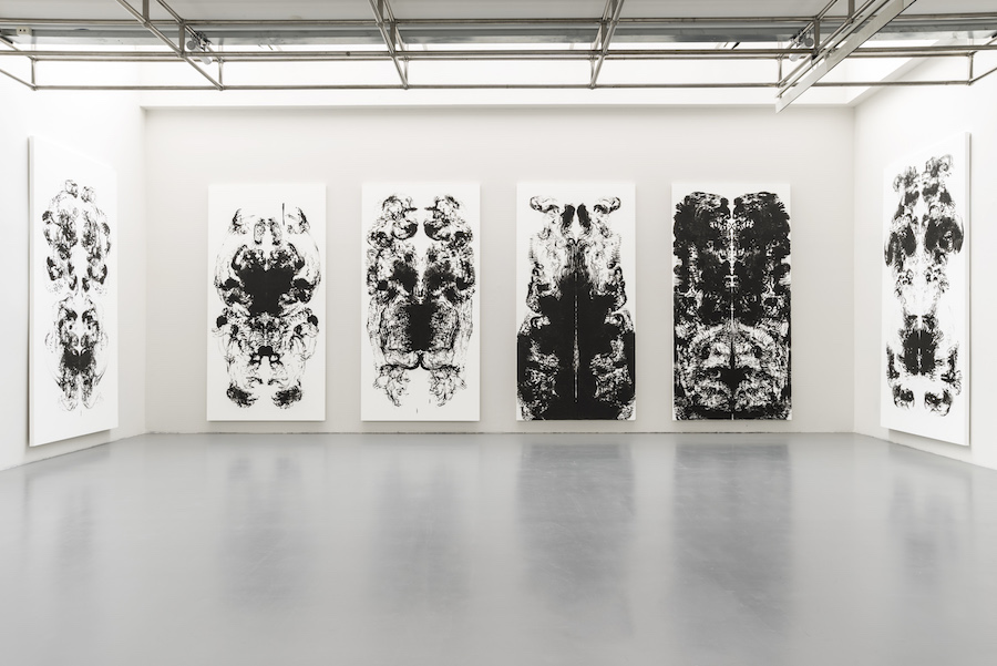 Mark Wallinger, id Painting 50, 2015 Acrylic on canvas, 360 x 180 cm / 141 3/4 x 70 7/8 inches Courtesy the artist and Hauser & Wirth Photo: © Alex Delfanne