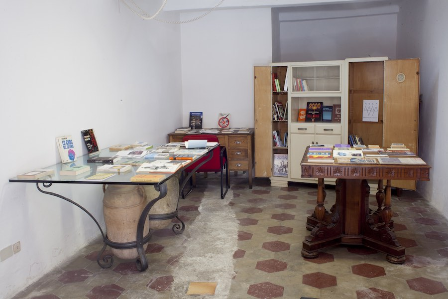 Installation view, Lia Cecchin, ASAP Research Library, ex magazzino Borgo del Ponte