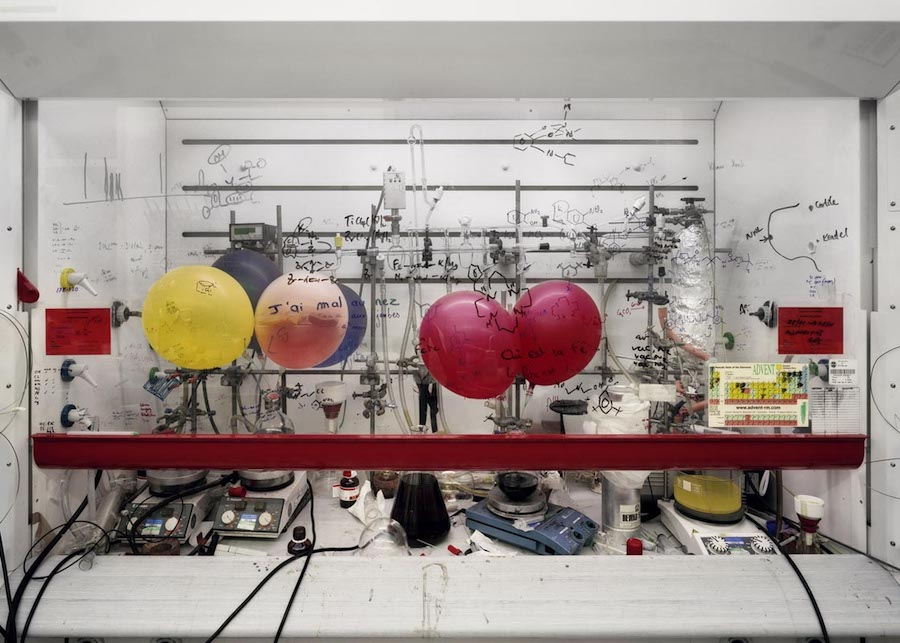 Thomas Struth, Cappa chimica, Università di Edimburgo / Chemistry Fume Cabinet, The University of Edinburgh, 2010 C-print, 120,5 x 166,0 cm © Thomas Struth