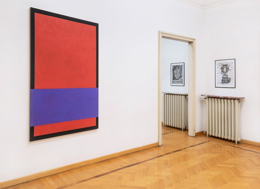 William Merante, Two red rectangles, a purple rectangle and a black circle; Botond Keresztesi,Vapor Flowers, Vase of Eternity ; installation view, Amaretto, Villa Vertua Masolo. Photo credit Cosimo Filippini