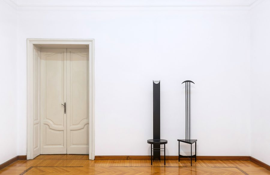 Filippo De Marchi, THRONETTE_YVì, THRONETTE GUIL, installation view, Amaretto Villa Vertua Masolo. Photo credit Cosimo Filippini