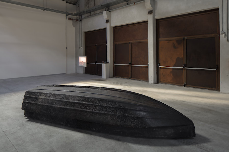 Giorgio Andreotta Calò Volver, 2008 Installation view at Pirelli HangarBicocca, Milan, 2019. Courtesy of the artist; ZERO..., Milan, and Pirelli HangarBicocca. Photo: Agostino Osio