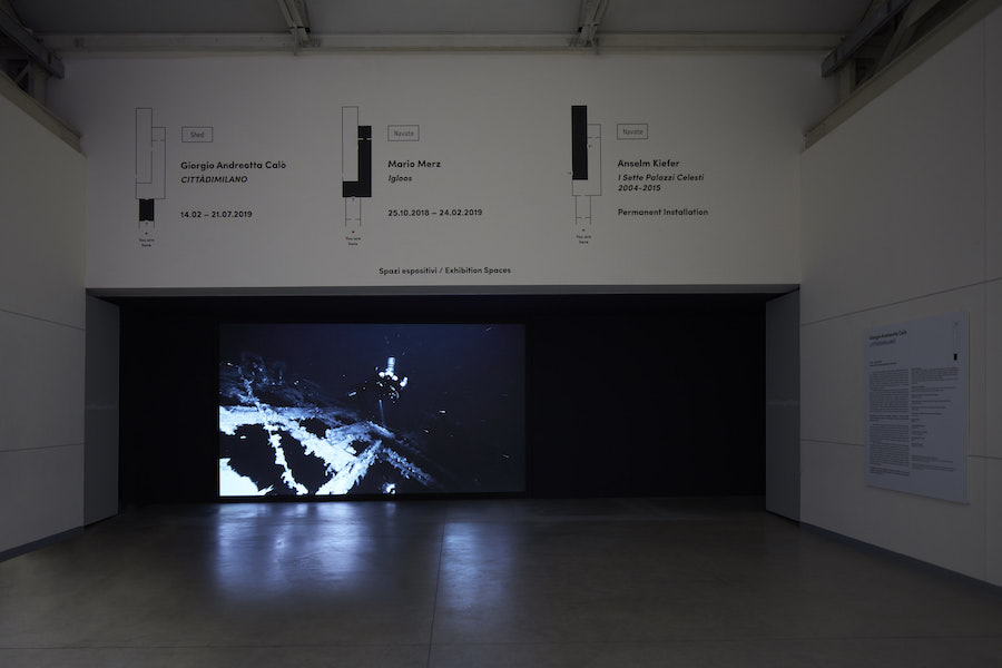 Giorgio Andreotta Calò, Senza titolo (Jona), 2019 Installation view at Pirelli HangarBicocca, Milan, 2019. Commissioned and produced by Pirelli HangarBicocca. Courtesy of the artist and Pirelli HangarBicocca. Photo: Agostino Osio