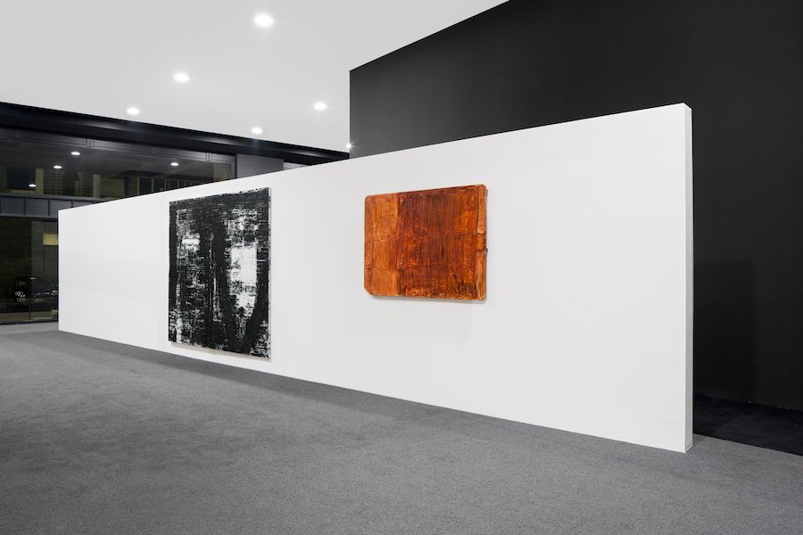 Alexander May, Naked in the Morning, installation view, Torre Velasca, Milano - ph t-space studio