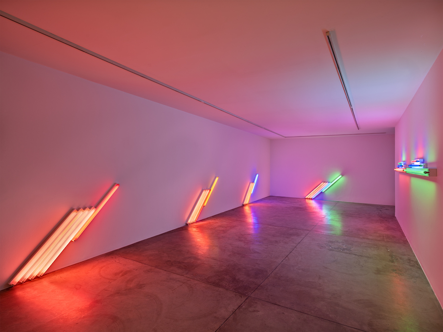 Dan Flavin, Estate of Dan Flavin - Artists Rights Society (ARS), New York. Courtesy of David Zwirner & Cardu Gallery (2)