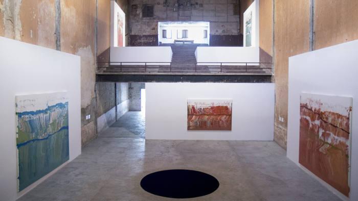 José Yaque e Anish Kapoor's Descent into Limbo alla galleria Arte Continua Avana, ©  Michel Pou
